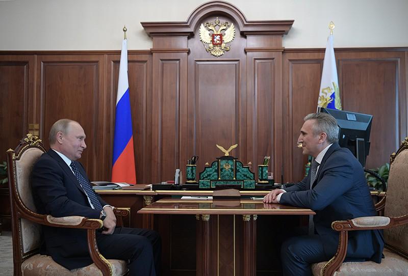 Владимир Путин и бывший мэр Тюмени Александр Моор