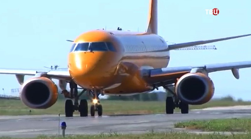 Самолет Saratov Airlines