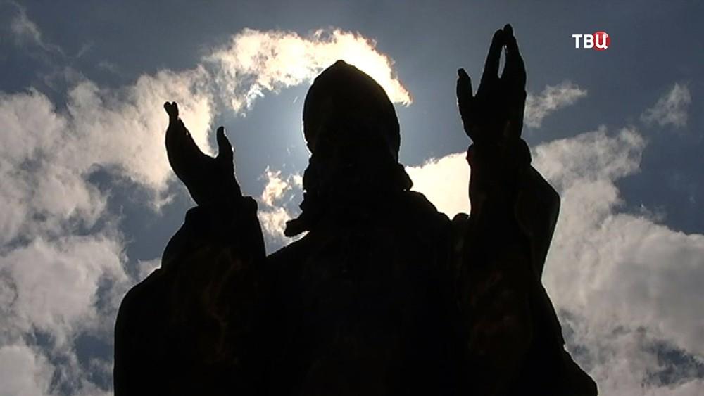 Католическая скульптура