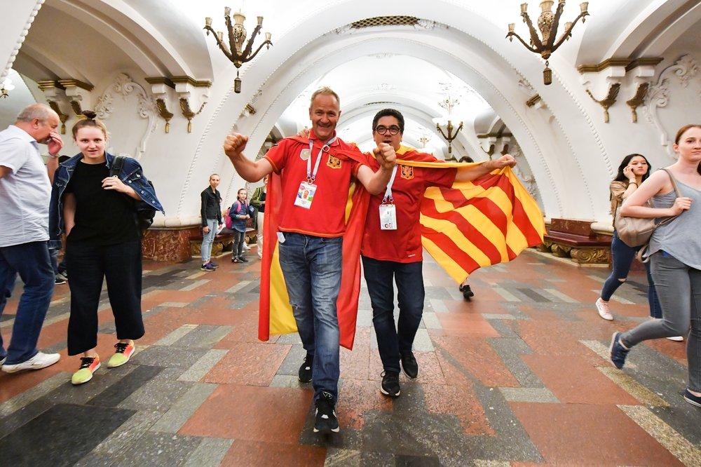 Болельщики Испании в метро