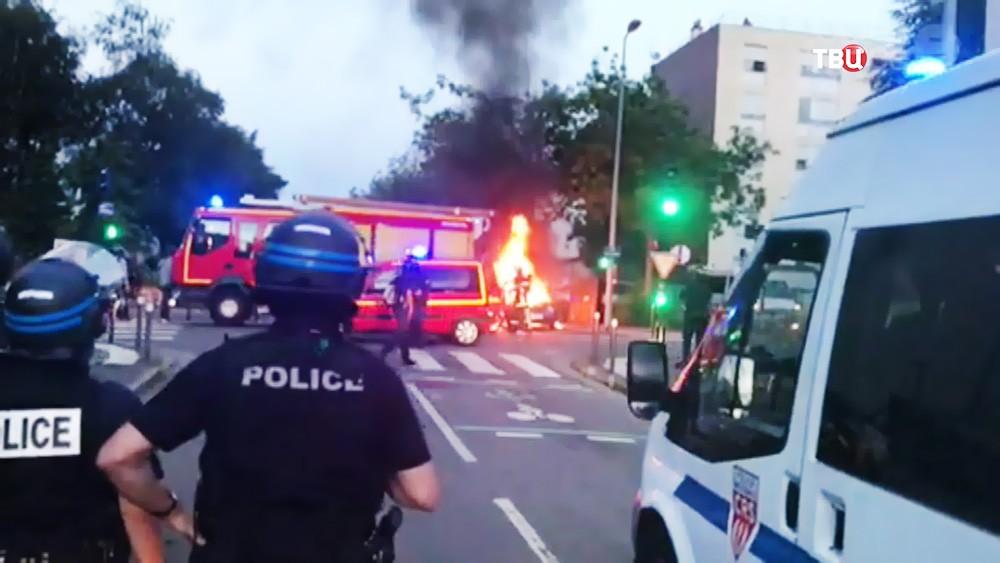 Полиция Франции препядствует уличным беспорядкам