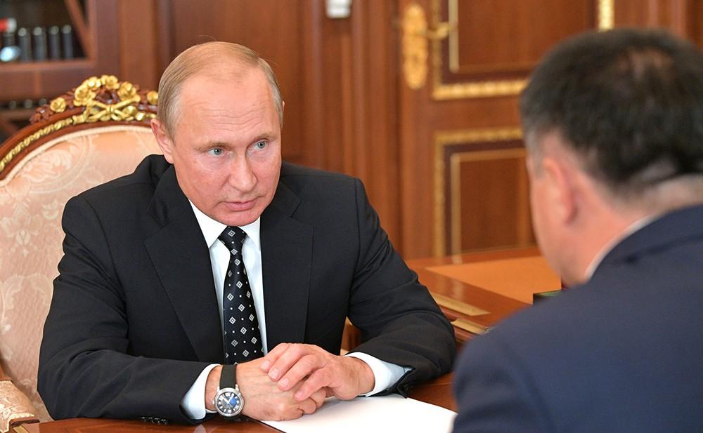 Владимир Путин и врио губернатора Приморского края Андрей Тарасенко