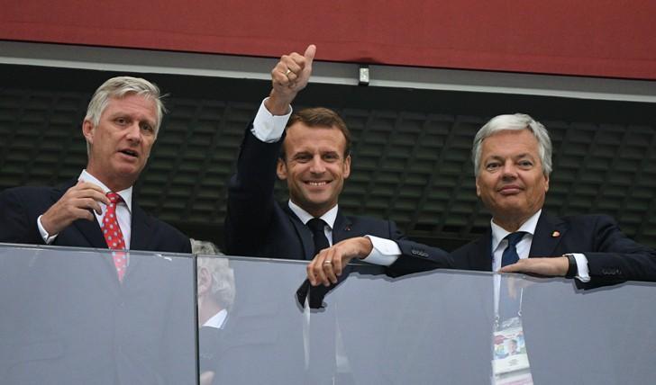 Слева направо: король Бельгии Филипп, президент Франции Эммануэль Макрон и министр иностранных и европейских дел Бельгии Дидье Рейндерс