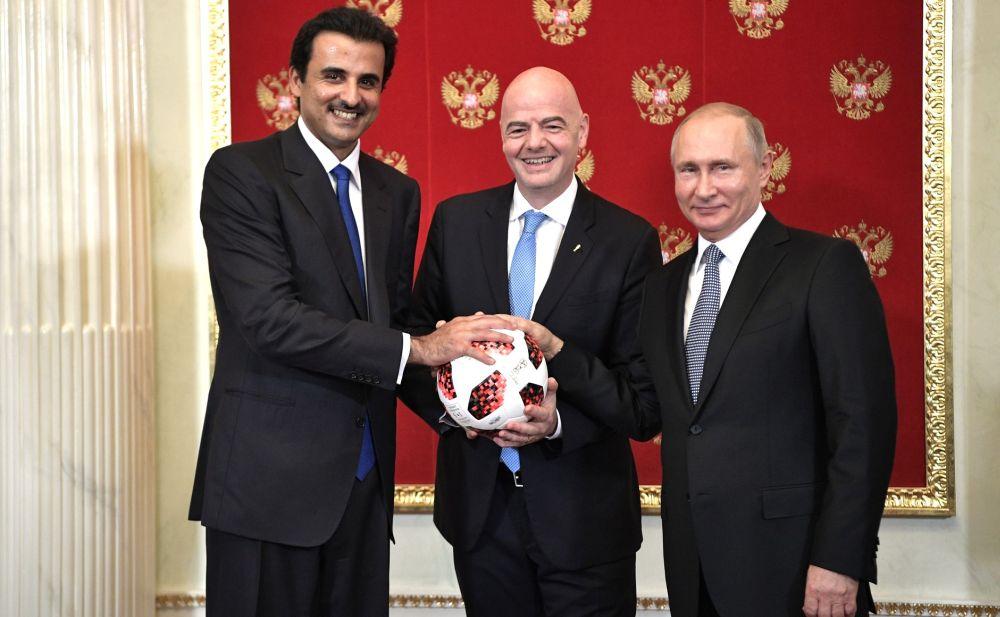 Эмир Катара Тамим Бен Хамад Аль Тани, президент ФИФА Джанни Инфантино и Владимир Путин