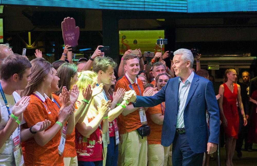 22 Свыше 2 тыс. волонтеров ФИФА записались в избирательный штаб Собянина