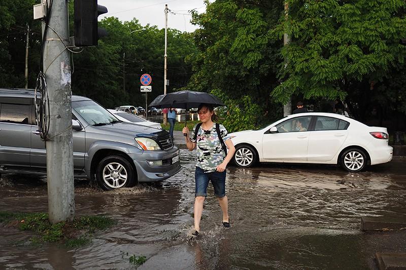 Затопленная улица в Краснодаре