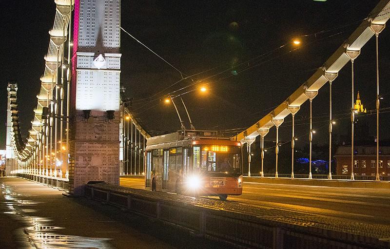 Ночной наземный транспорт