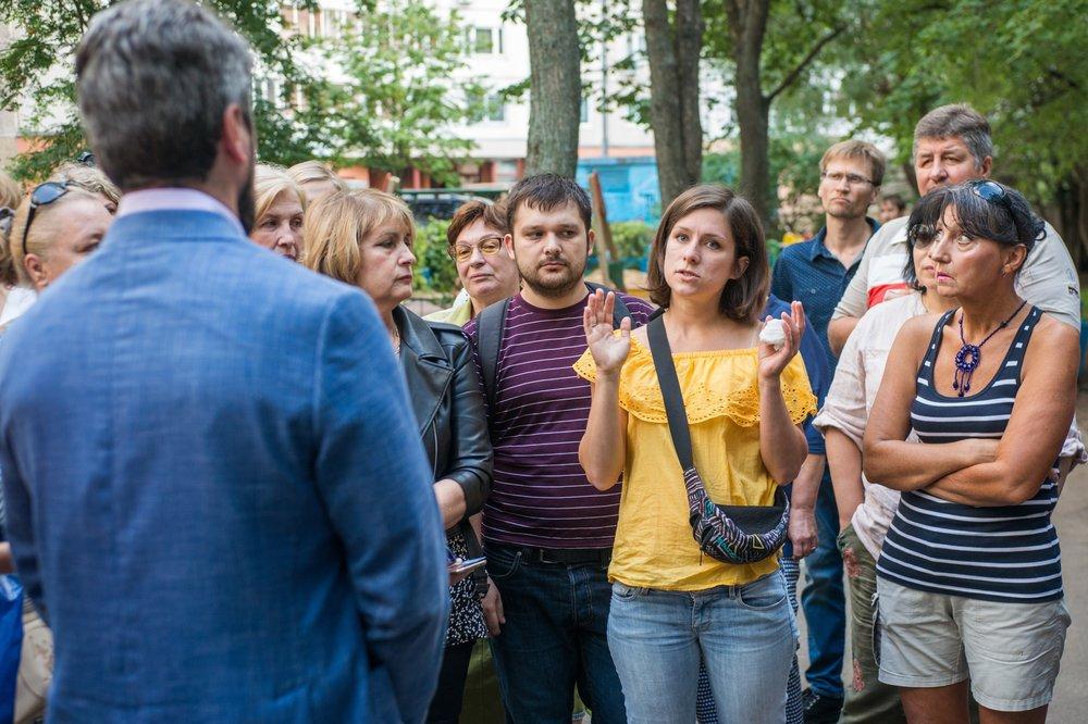 Встреча кандидата в мэры Москвы Ильи Свиридова с жителями столичного района Зюзино