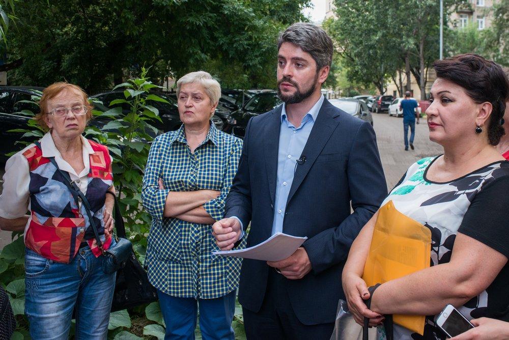 Встреча кандидата в мэры Москвы Ильи Свиридова с жителями района Дорогомилово