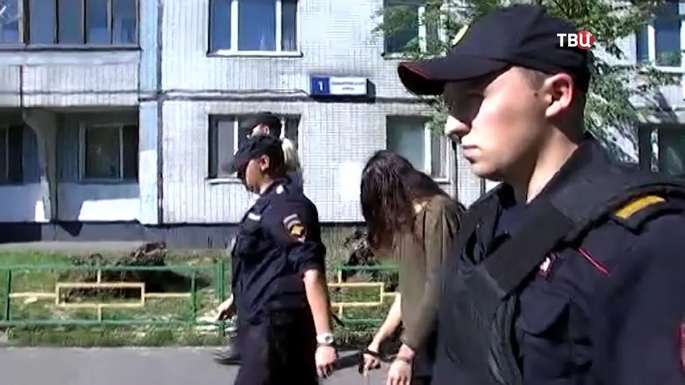 Задержанная по обвинению в убийстве отца 18-летняя Кристина Хачатурян