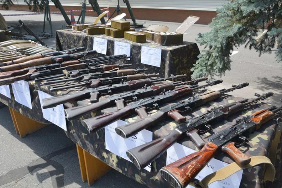 Изъятое СБУ оружие