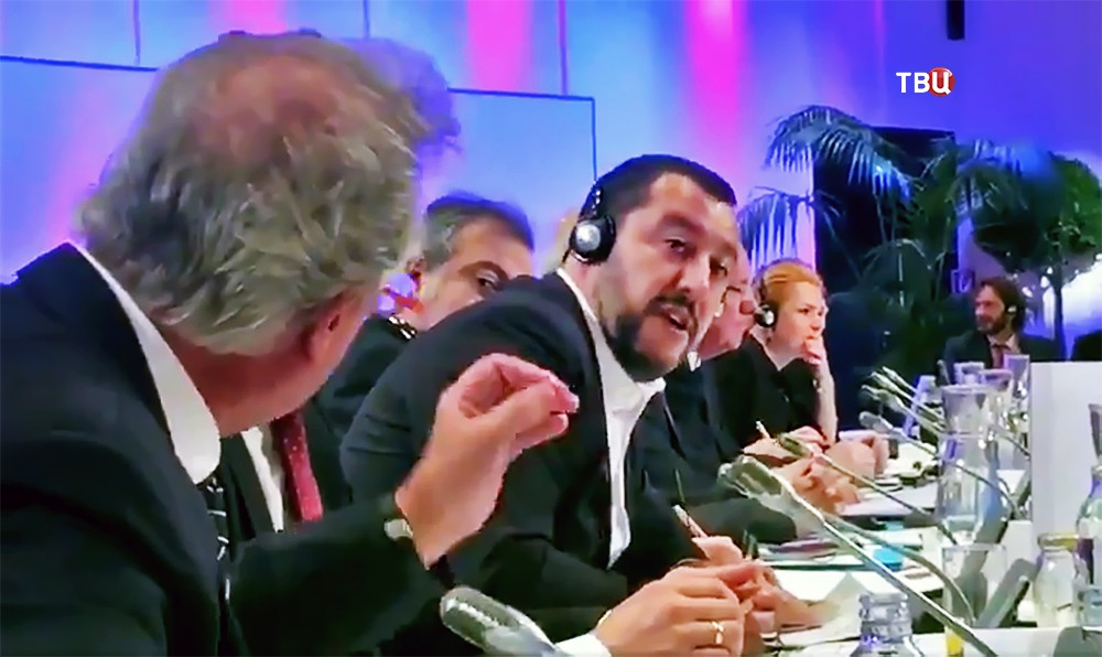 Глава МВД Италии Маттео Сальвини и глава МИД Люксембурга Жан Ассельборн
