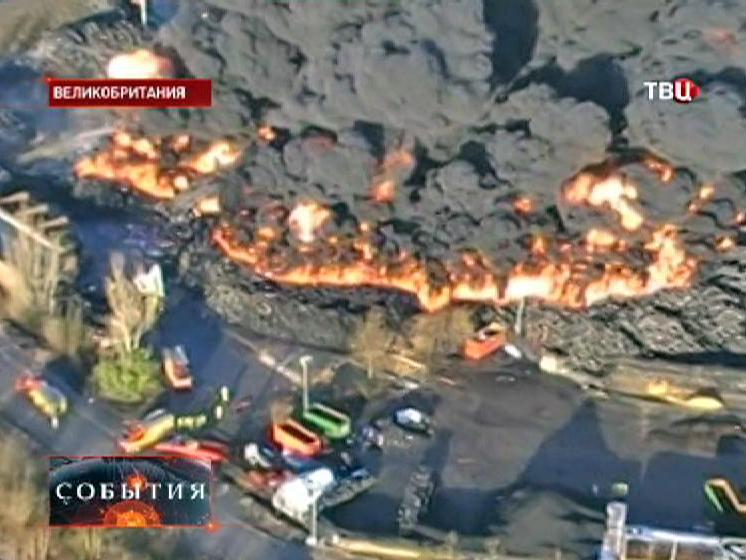 Пожар на заводе в Великобритании