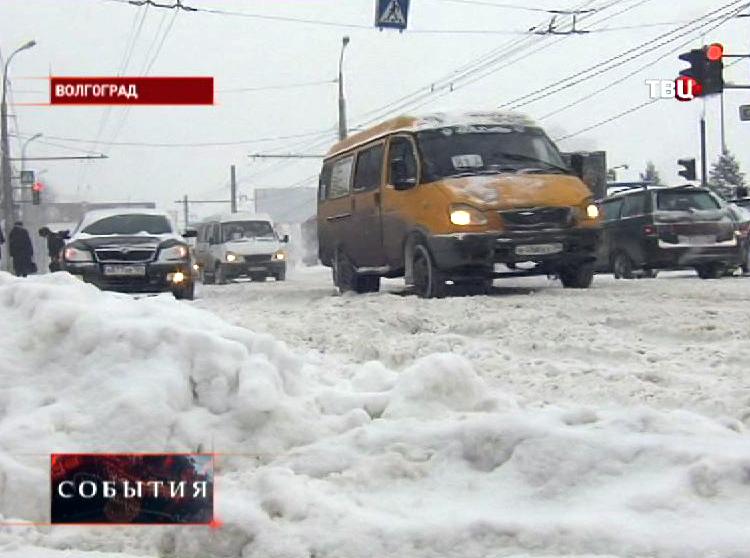 Сильный снегопад в Волгограде