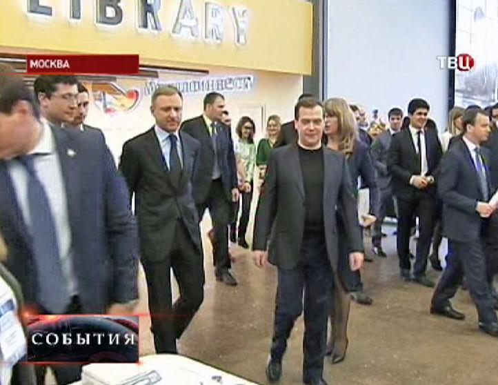 "Дмитрий Медведев в институте ""МИСиСа"""