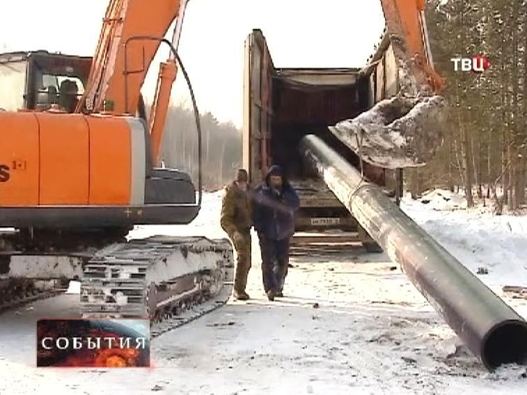Прокладка нового трубопровода в городе Сухой Лог
