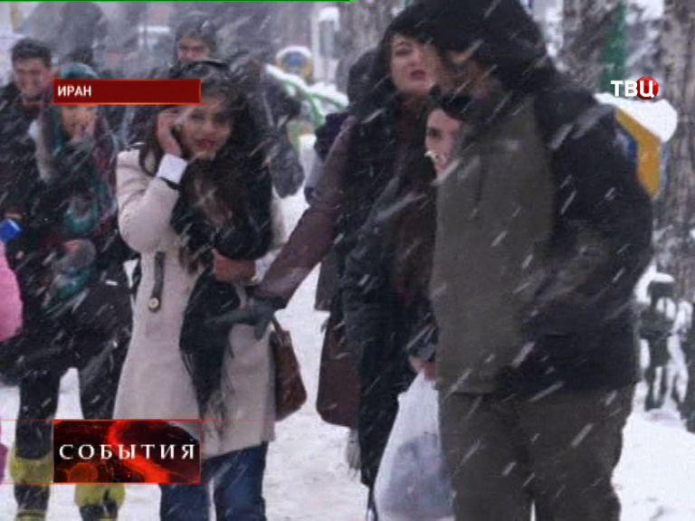 Сильные снегопады в Иране