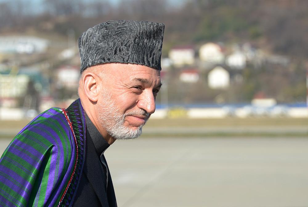 Президент Исламской Республики Афганистан Хамид Карзай в аэропорту Адлера