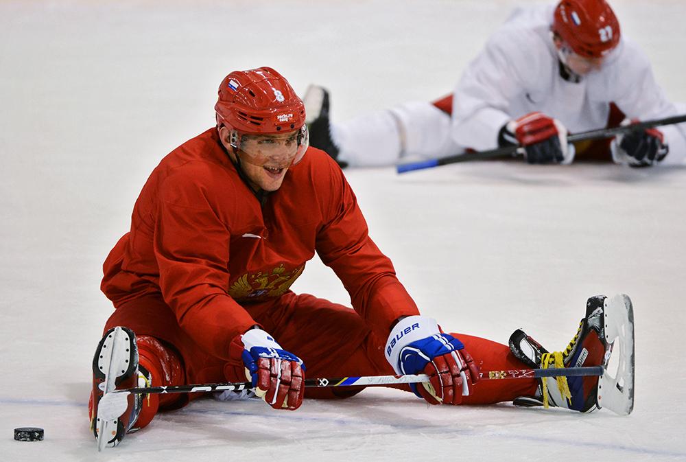 Александр Овечкин во время тренировки сборной России по хоккею