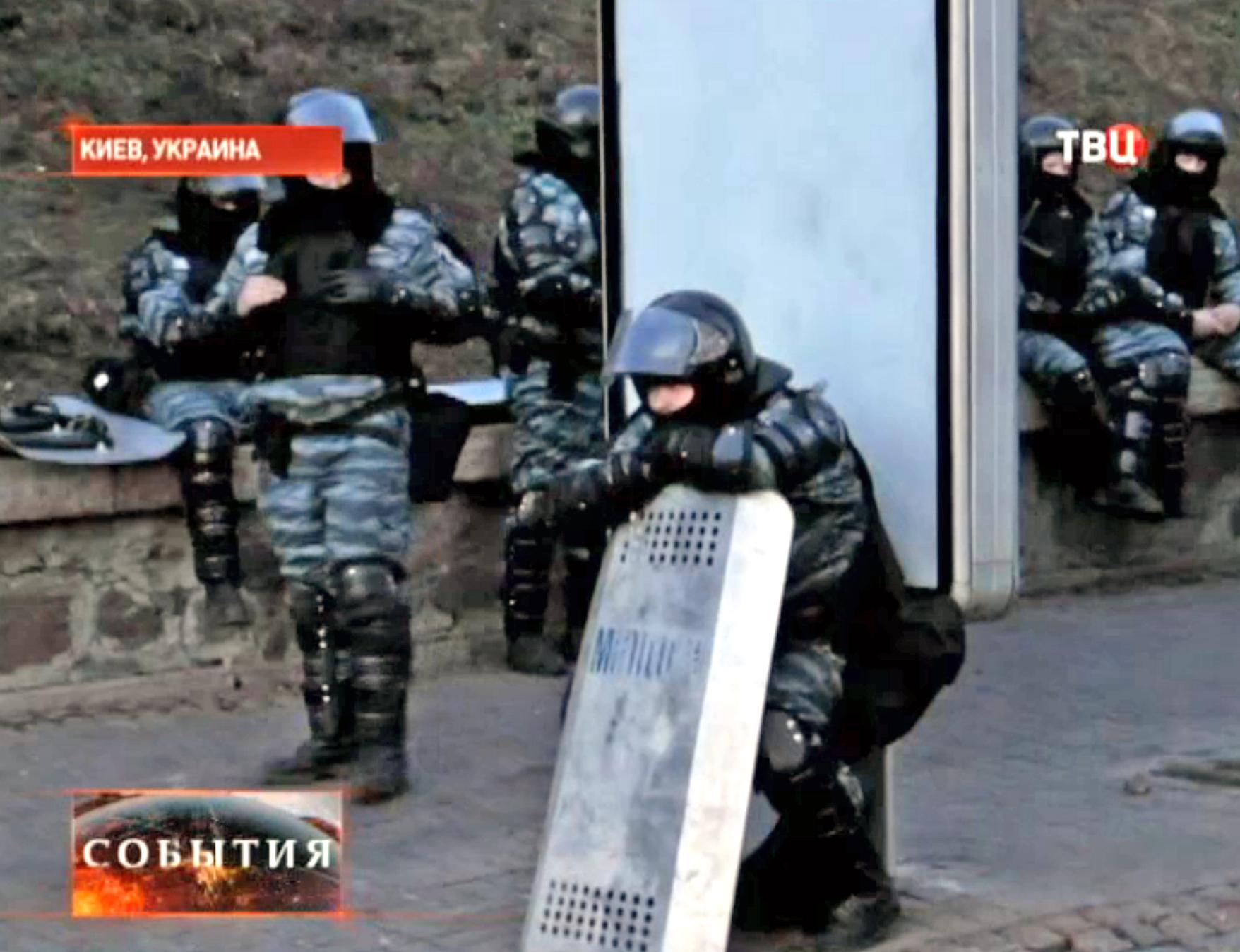 Киевская милиция укрепляет позиции