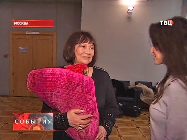 Народная артистка России Лариса Лужина