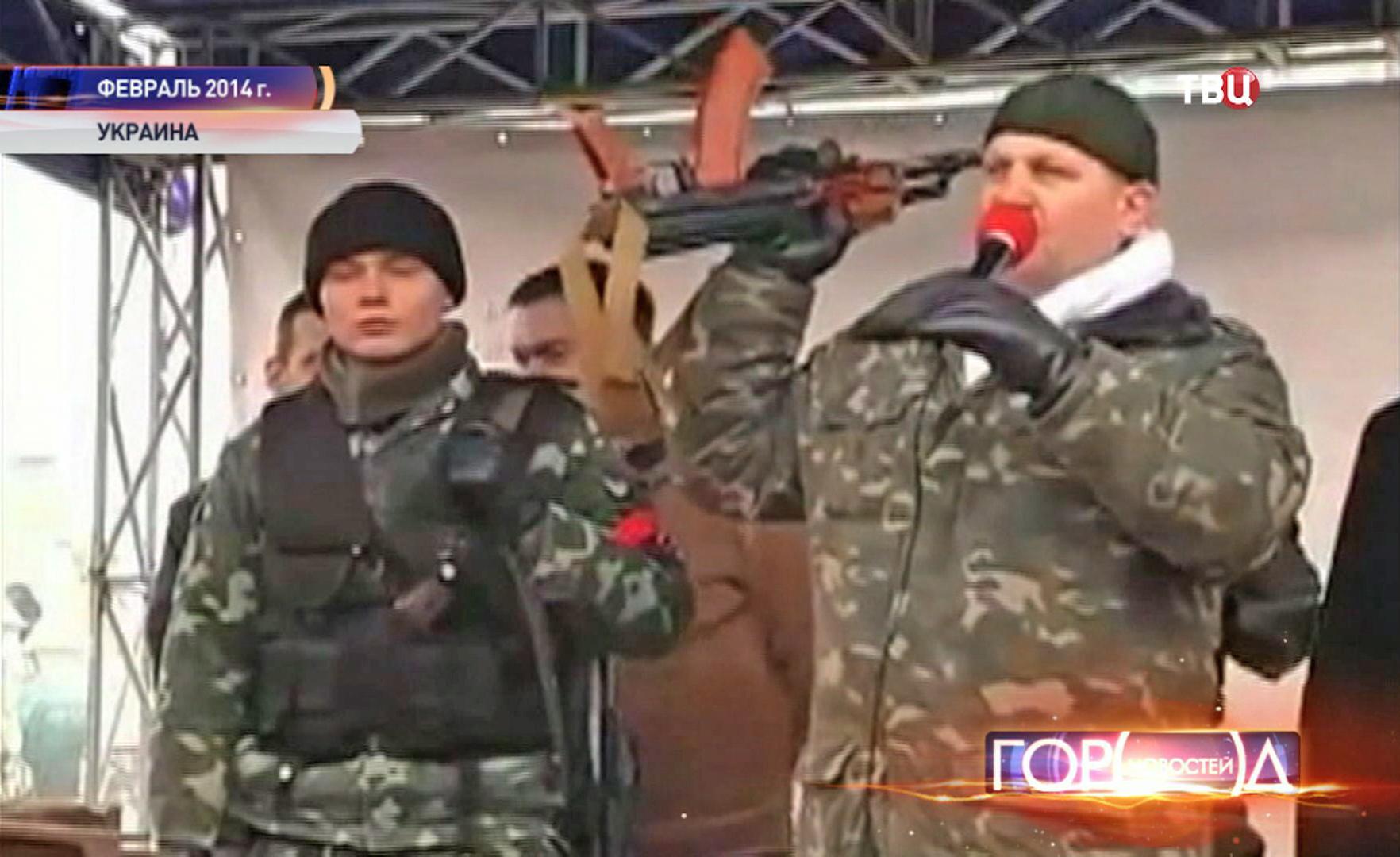 """Активист """"Правого сектора"""" Александр Музычко на митинге"""
