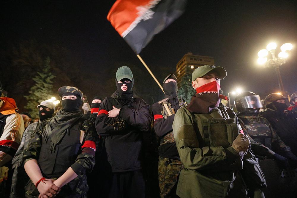 """Активисты и сторонники радикального движения """"Правый сектор"""""""