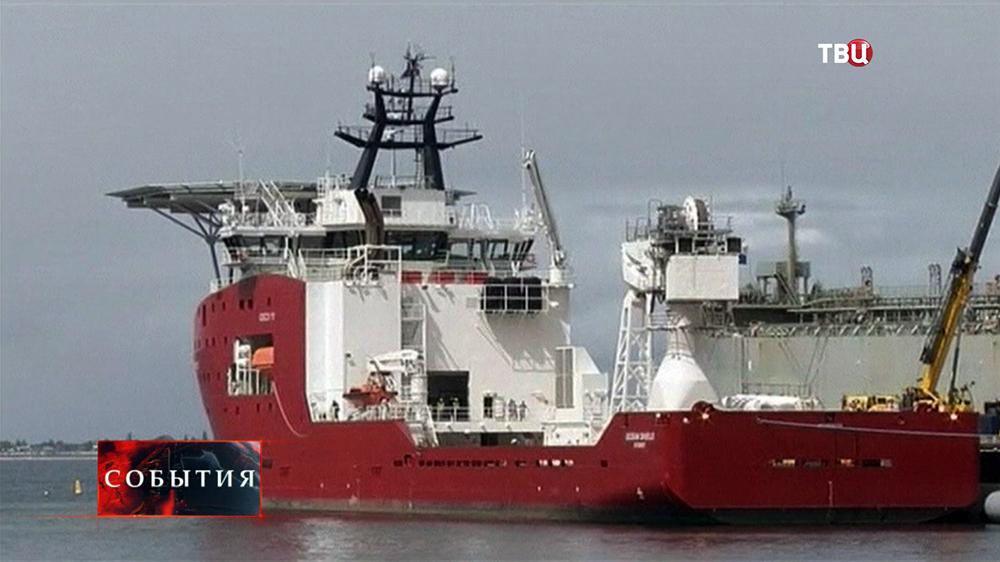 Австралийский корабль направлен в район поисков малайзийского Boeing 777