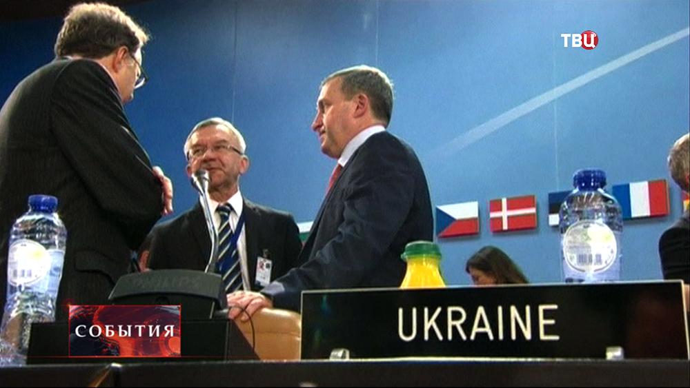 Министр иностранных дел Украины Андрей Дещица на заседании ЕС