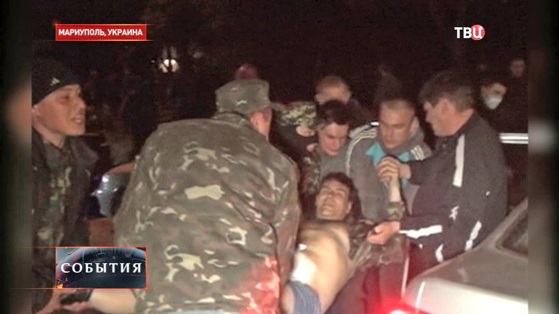 Пострадавшие при штурме воинской части в Мариуполе