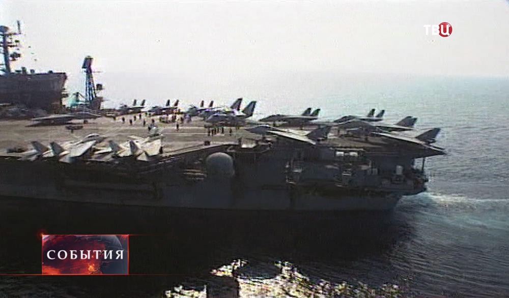 Авианосец сил НАТО