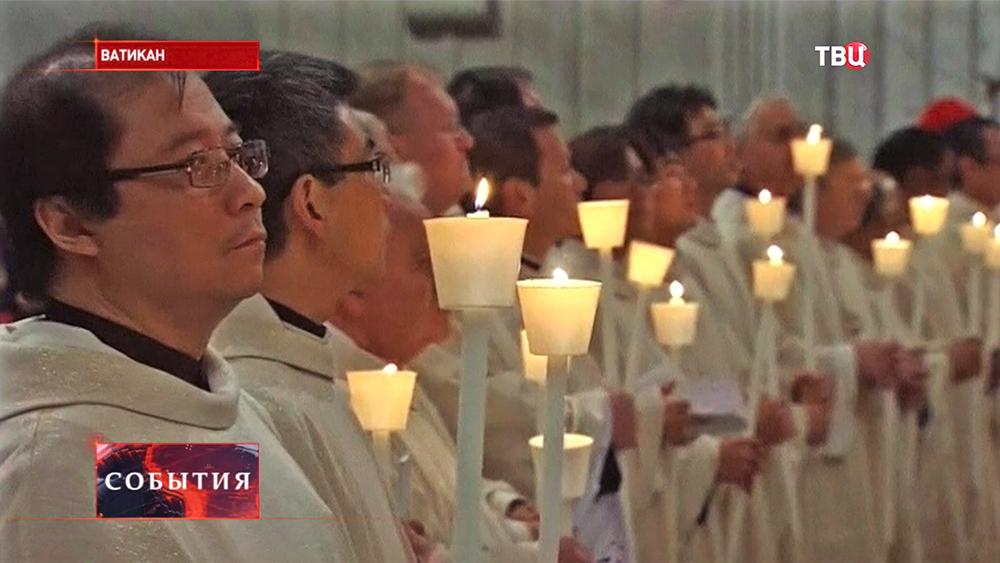 Пасхальная месса римско-католической церкви в Ватикане