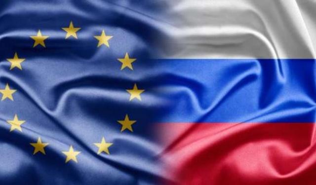 Европейские политики: Только давление США заставило Евросоюз ввести санкции