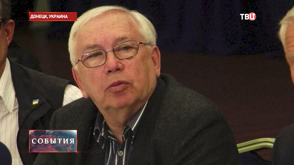 Cпецпредставитель президента РФ Владимир Лукин