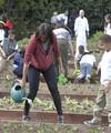 Мишель Обама на огороде у Белого Дома