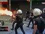 Турецкая полиция дает отпор протестующим