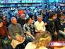 Слушатели в Доме книги на Новом Арбате