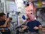 Космонавты МКС стригутся