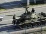 Танк Т-34 на одной из улиц Луганска
