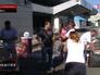 Девочку встречают родственики в Ростовской области