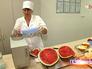 Проверка арбузов в лаборатории