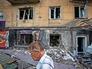Последствия артобстрела городских кварталов юго-востока Украины