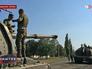 Украинские военные на бронетехнике в Донецкой области