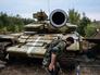 Захваченный ополченцами танк украинских войск