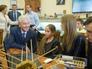 Сергей Собянин во время посещения интерактивного образовательного центра в Дарвиновском музее