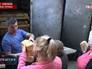 Жителям Донецка раздают хлеб