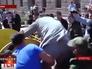 Депутата Кировоградской области Николая Корецкого засунули в мусорный бак