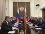 Президент РФ на совещании с членами Совбеза РФ