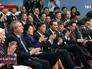 Китайская делегация во время церемонии подписания совместных документов