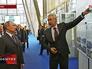 Сергей Собянин демонстрирует Владимиру Путину этапы реконструкции ВДНХ